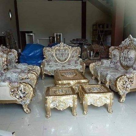 Model kursi kayu untuk ruang tamu terbaru
